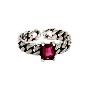 Retro creative red crystal twisted ring